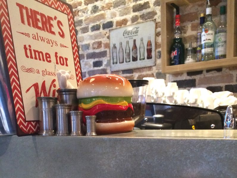 Restaurant Harper's burgers 75017