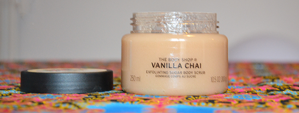 gommage-crops-scrub-vanilla chai-The BodyShop